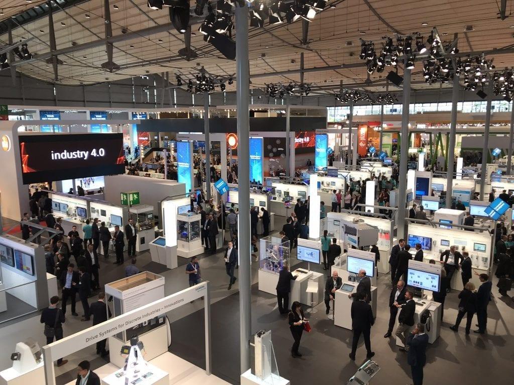 Aussicht aus der Siemens-Lounge auf der Hannover Messe Industrie